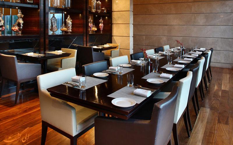Crown Plaza Rohini- eligasht.com رستوران هتل