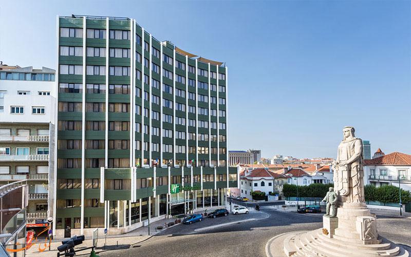 Holiday Inn Lisbon- eligasht.com میدان و نمای هتل