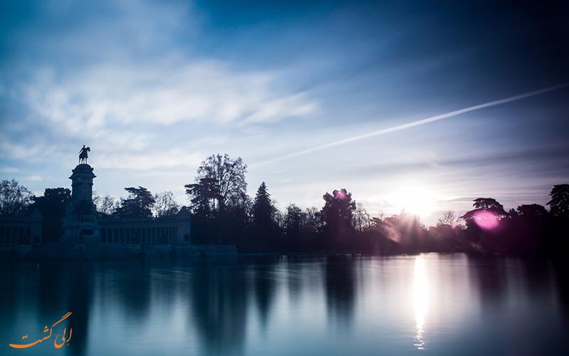دریاچه پارک