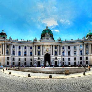 کاخ سلطنتی هافبورگ در اتریش