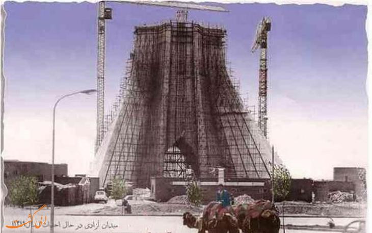 برج آزادی در حال ساخت