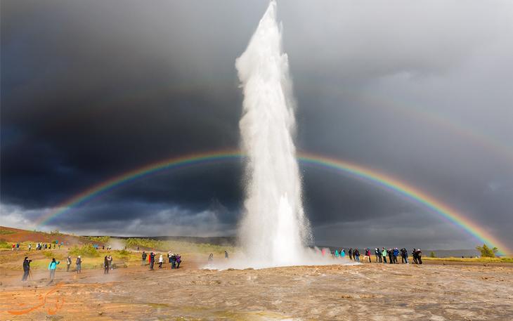 چشمه های آب گرم ایسلند