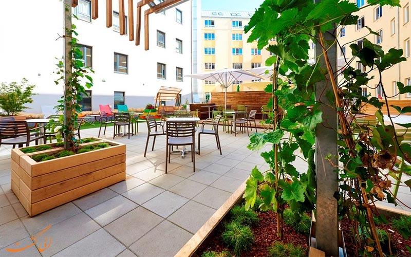 هتل زیتگیست وین- امکانات تفریحی بر روی پشت بام هتل