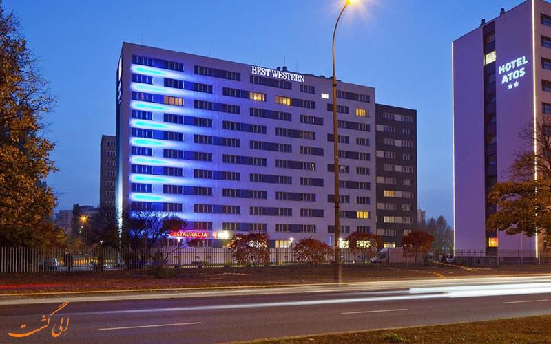 Best Western Hotel Portos- eligasht.com نمای هتل در شب