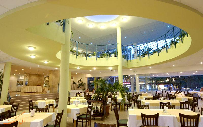 خدمات رفاهی هتل بونیتا وارنا- رستوران