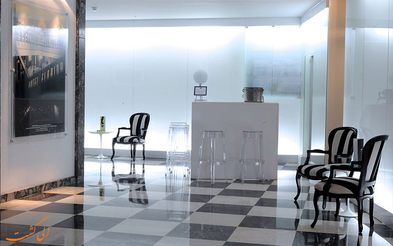 خدمات رفاهی هتل فلوریدا لیسبون - میز پذیرش