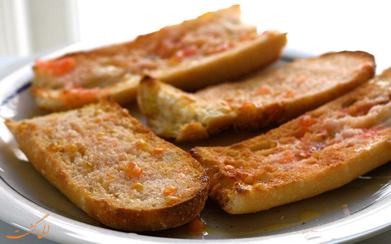 نان و روغن زیتون