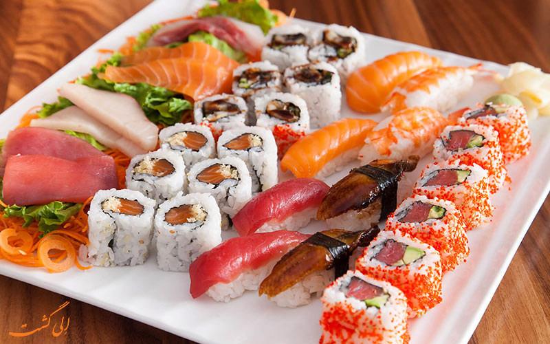 سوشی یا ساشیمی