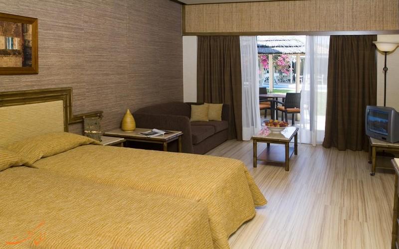 هتل پالم بیچ لارناکا