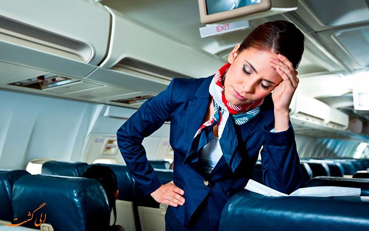 مرگ مسافر در طول پرواز