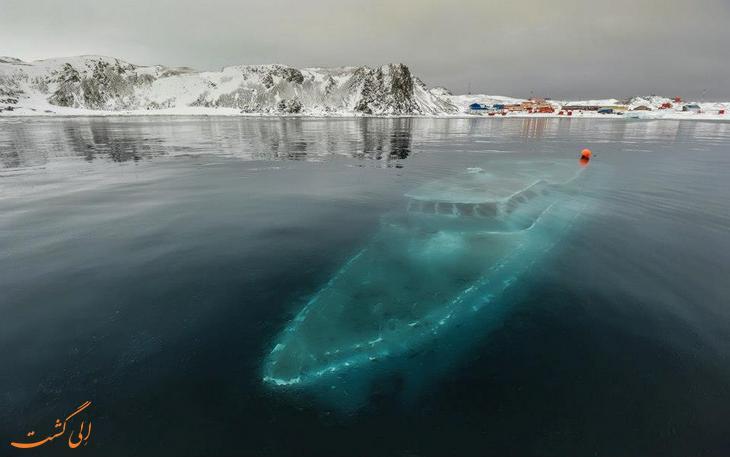 کشتی غرق شده عوامل ساخت فیلم