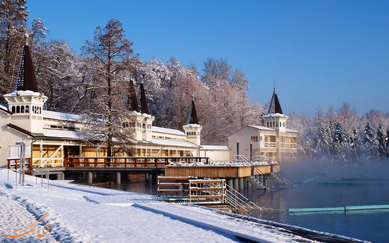 دریاچه هویز از جاذبه های مجارستان