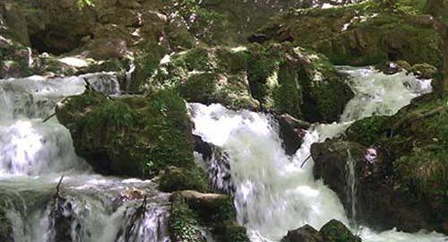 آبشارهای آتشگاه