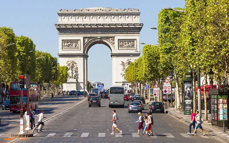 نکات سفر به پاریس - زبان فرانسوی