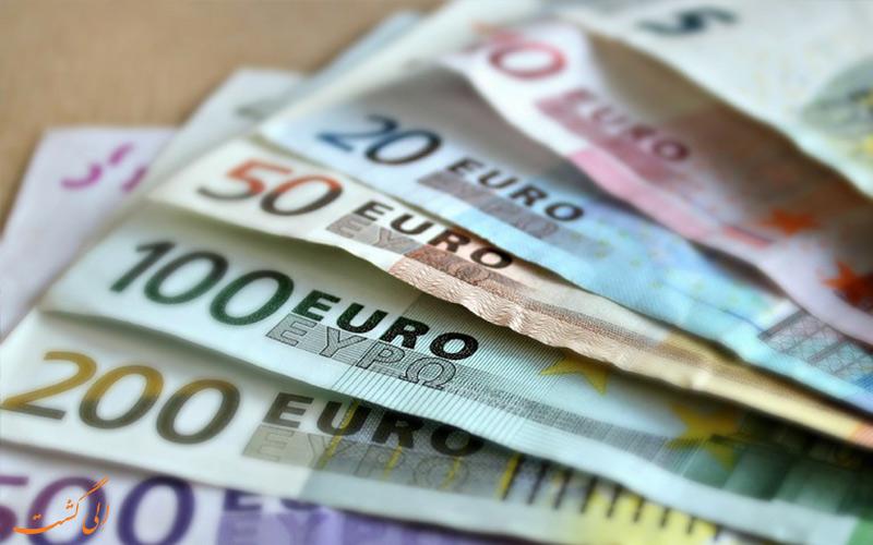 نکات سفر به یونان - به همراه داشتن پول نقد