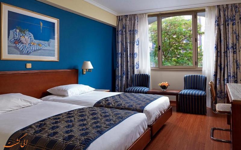 هتل 4 ستاره تیتانیا