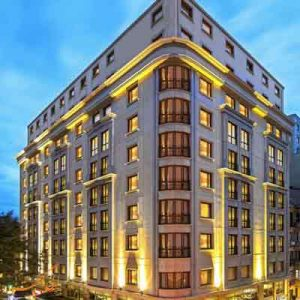 هتل گرند اوزتانیک در استانبول