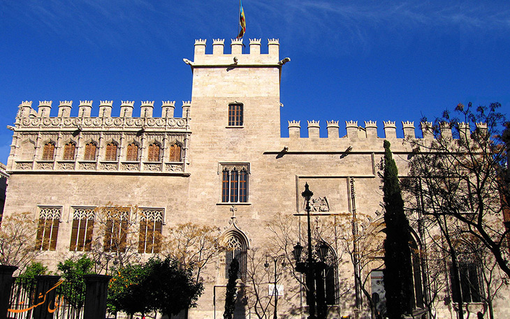 بنای تاریخی مرکز تبادل ابریشم