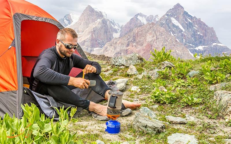 اجاق گاز کوهنوردی در سفر