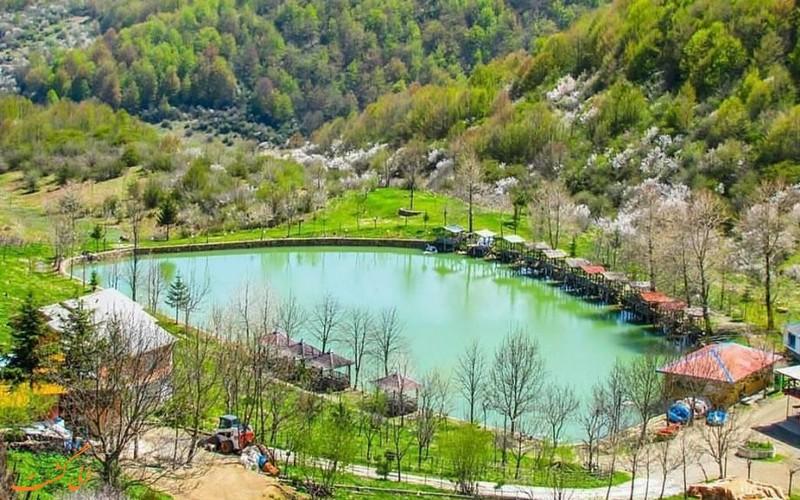 دریاچه قو در روستای جواهرده مازندران