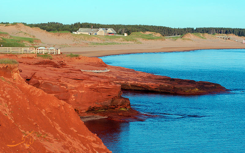 ساحل شن های قرمز پرنس ادوارد