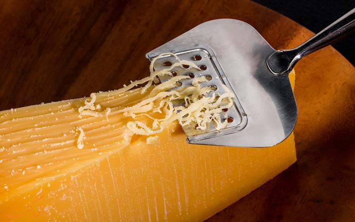 غذا با پنیر گودا