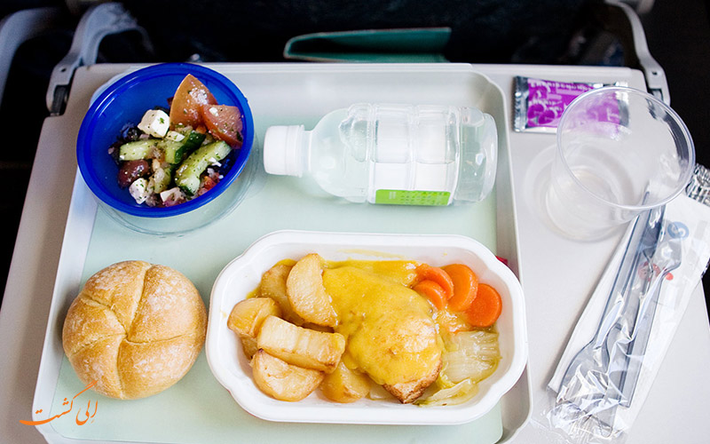 غذای سرو شده در هواپیما