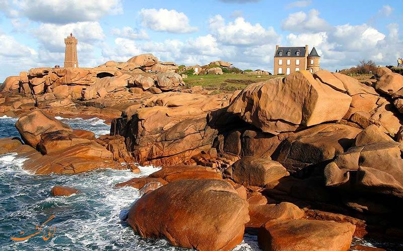ساحل صورتی   Côte de Granit Rose