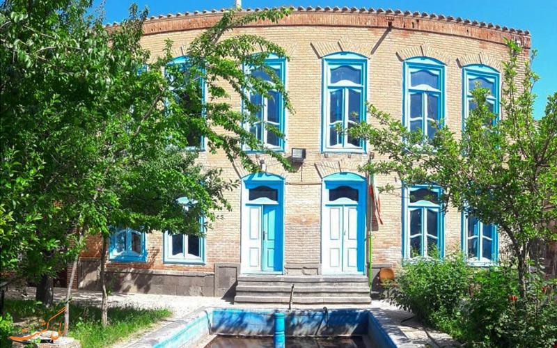 خانه تاریخی مناف زاده در اردبیل
