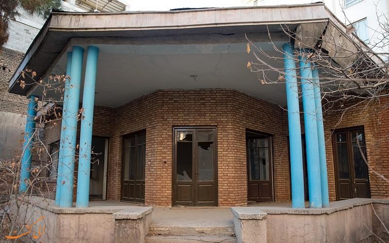 خانه نیما یوشیج در تهران