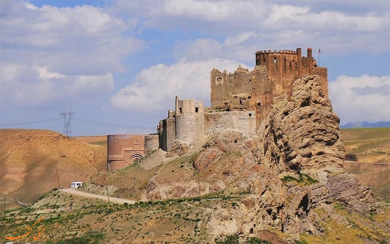 کشف آثار تاریخی در دژ الموت