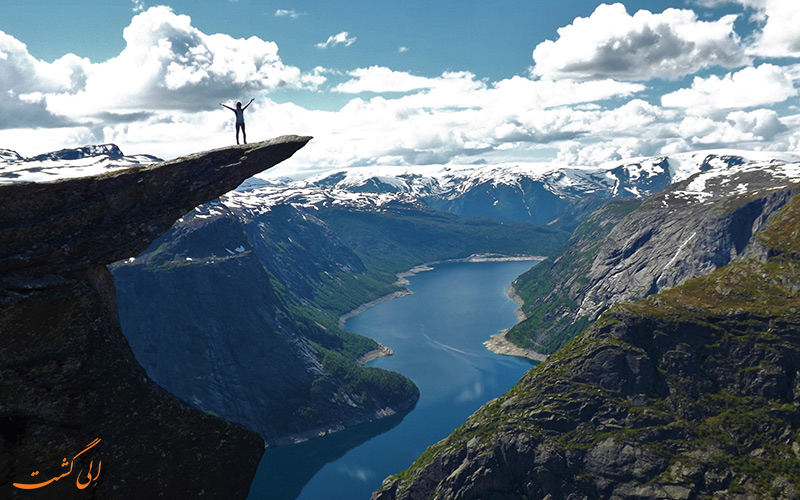 صعود به صخره ترول تونگا