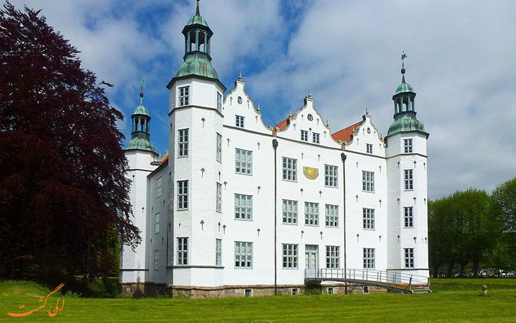 منطقع Schloss-Ahrensburg