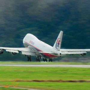 سرعت برخواست هواپیما