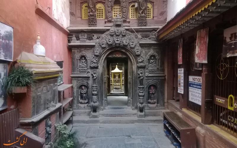 نیایشگاه طلایی در نپال
