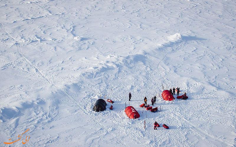 کمپ در قطب شمال