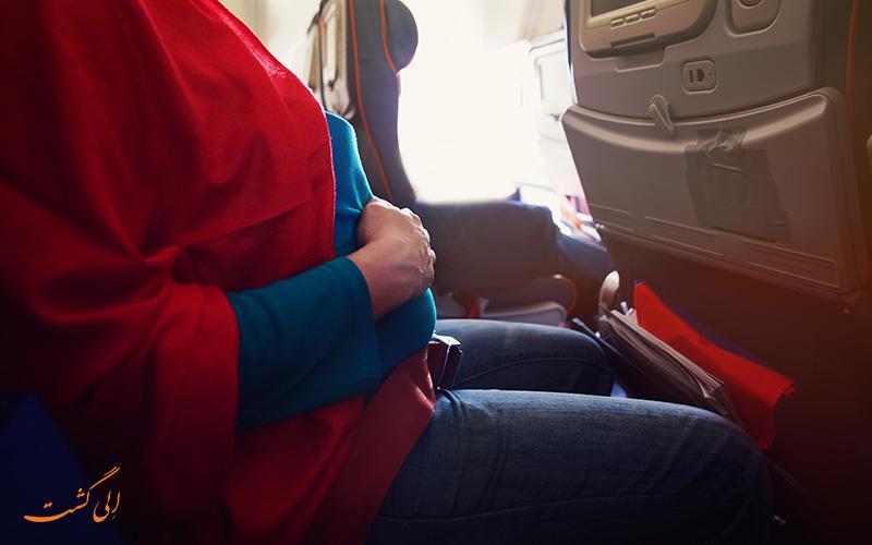 خانم باردار در هواپیما-پرواز در دوران بارداری