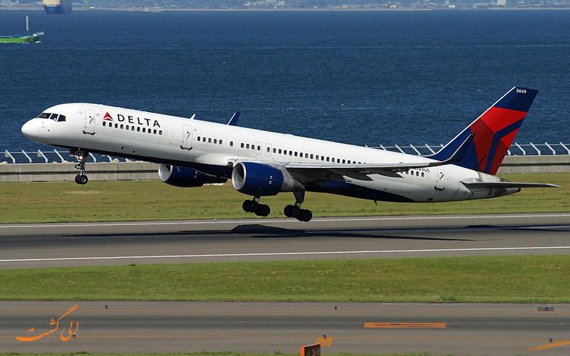عکس هواپیمای بوئینگ 757 در حال بلند شدن