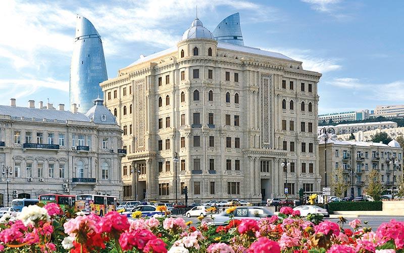زمان مناسب برای سفر به باکو