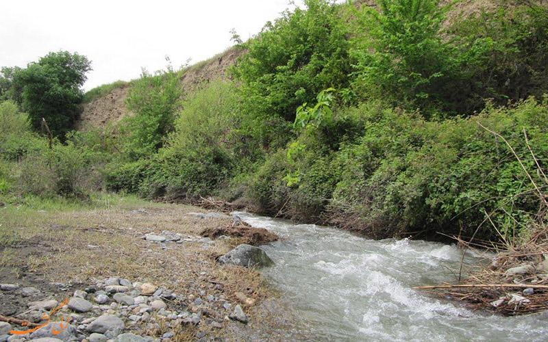 اطراف رود