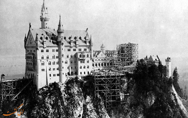 ساخت و ساز قلعه نوشوان اشتین