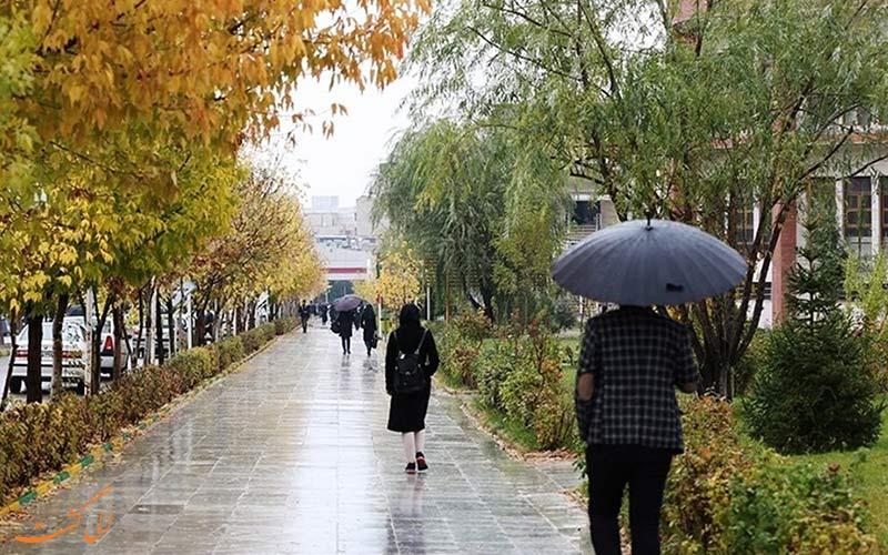 تهران گردی در یک روز پاییزی البته بارانی!
