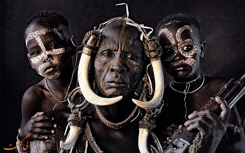 قبیله سورما اتیوپی و رهبر قبیله