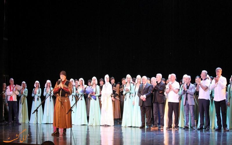 نمایش های تئاتر روستاولی
