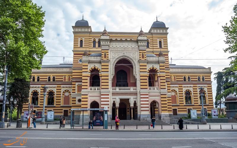 ساختمان تئاتر روستاولی