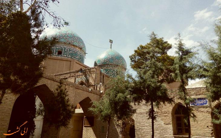 آرامگاه مشتاقیه در کرمان