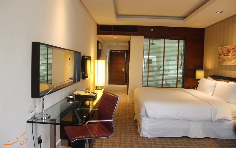 هتل 4 ستاره فور پوینتز بور