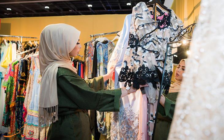 نمایش عروس امارات