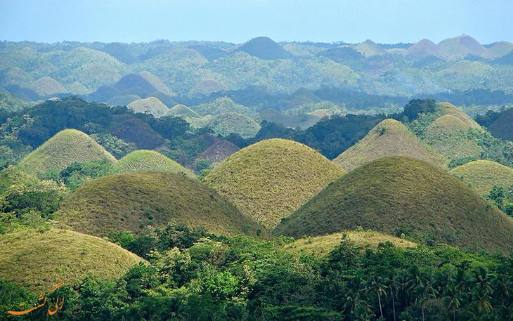 تپه های شکلاتی در فیلییپین