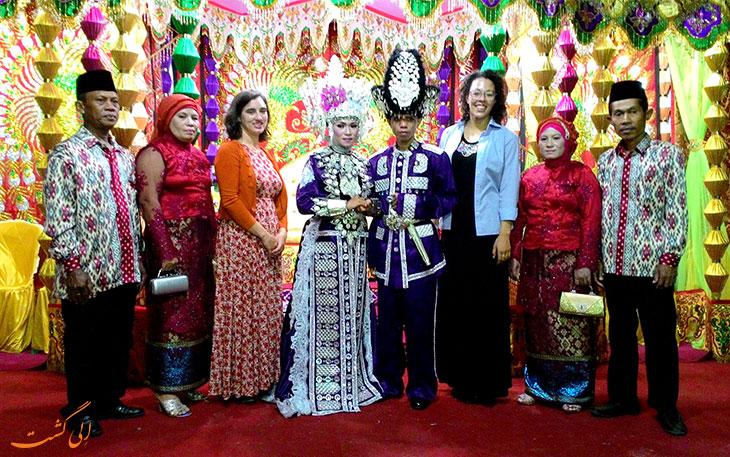 لباس عروس اندونزی